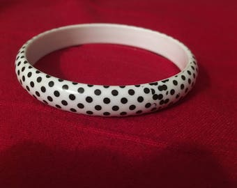 White and black polkadot bangle