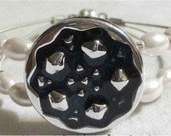 Blue Circle Focal Guitar String Bracelet