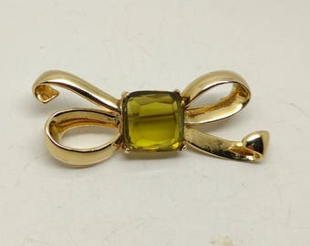 Vintage Gold Tone Bow with Smoky Lime  Rhinestone Center Brooch