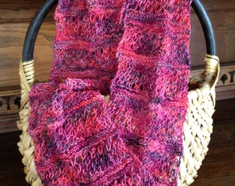 Lacy infinity scarf in fisherman stitch