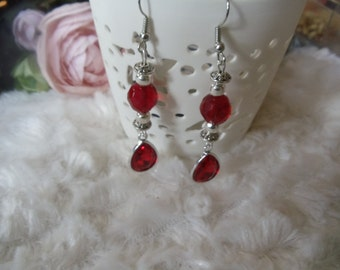 Lady in red vintage with Crystal beads