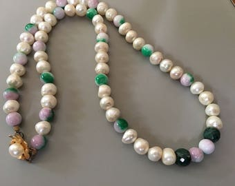 Watermelon jade 10 mm 14 mm south sea pearls large roundell emeralds