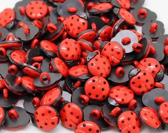 Ladybird ladybug red and black 15mm button with shank