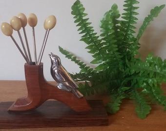 Pic a escargot / French Vintage / Escargot Cocktail Pick Set/ Hors d'oeuvre Picks/ Appetizer Pick/ Benjamin Rabier ?