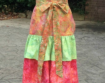 My Pretty Apron - Spring by Leslie McCarthy