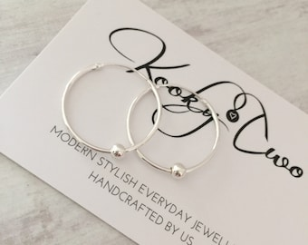 Sterling Silver Shiny Bead Hoop Earrings/Delicate/Minimalist/Bead/Sterling Silver/Sleeper Style Hoop/Earrings/Everyday Wear/Gift/Bridal