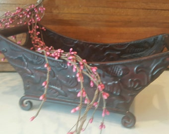 Metal Flower Pot, French Metal Planter Shabby Chic, Ornate, Country Rustic Home, Antique, Indoor Planting Pot, Farmhouse Garden Red Bronze