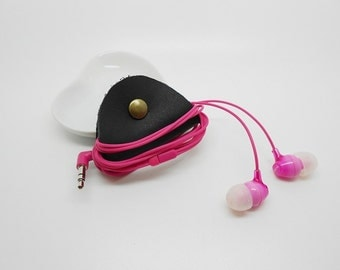 store leather cable or headset diverse color snap clasp