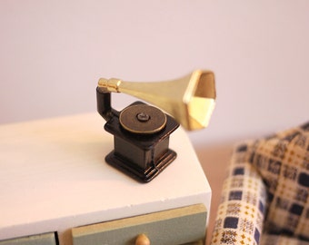 Dollhouse gramophone vintage vinyl player dolls house phonograph records player 1 12 miniature