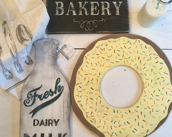Bakery Decor. Donut Signs. Bakery Signs. Kitchen Decor. Bakery Wall Art. Farmhouse Decor. Coffee Sign. Coffee Bar. Cafe Sign. Donut Shop