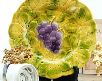 Dessert plate - French majolica Sarreguemines - French - plate - Sarreguemines - old plate - majolica grape plate