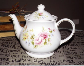 Vintage (c. 1970s) SADLER Floral teapot with a gold edge and accents.  Pink and yellow roses, multicolor flowers. England.