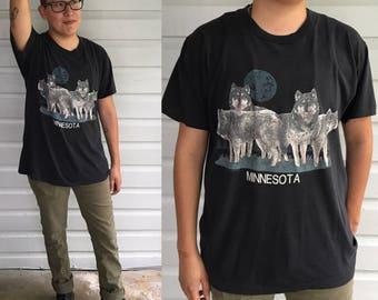 Vintage 1980s Minnisota Wolf Tshirt size S/M