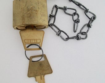 Vintage Military U.S. Padlock LOCK with KEYS and  Chain American Lock Co. USA ~Works Perfectly