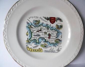 Vintage pottery tea/side plate. pottery plate.