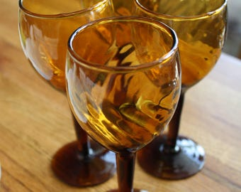 Set of 3 Amber Swirl Wine Glasses
