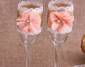 Wedding Toasting Glasses Rustic Toasting Flutes Wedding Champagne Flutes Bride and Groom Wedding Glasses Burlap Champagne Glasses