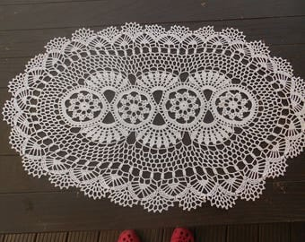 Oval crochet blanket