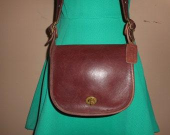 VINTAGE COACH  Brown Leather Shoulder Bag #586-1303 New York City, USA