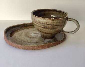 Toasty Marbled Tea Cup and Oblong Plate