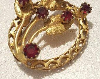 Vintage Red Rhinestone  Goldtone Pin Brooch