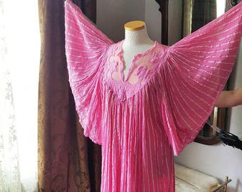 70s 60's 60s 70's 1960s 1970s 1970's Hippie Boho Bohemian Made in Greece Butterfly Angel Wings Vintage Pink Dress One Size Women's Modus