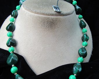 Vintage Genuine Lucite Shades Of Green Beaded Necklace With Tag