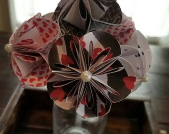 Valentines day flowers, heart flowers,Kusudama flowers, Paper flowers, valentines day decor, valentines day gift, Paper flower bouquet