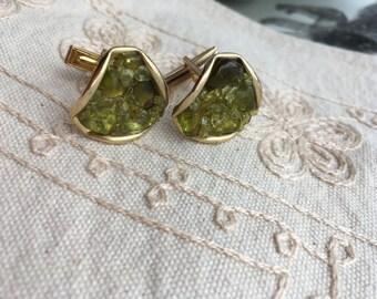 Vintage green cufflinks, gold tone cufflink, green vintage cufflinks, mens cufflinks, green vintage cufflinks, gold cufflinks, C52
