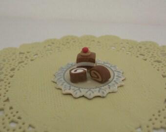 miniature food, miniatures, doll house food,miniature cakes