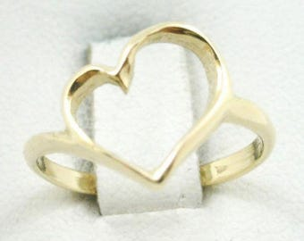BRAND NEW! Solid 14K Yellow Gold Heart Ring, Pierced, Sizes 3 - 12