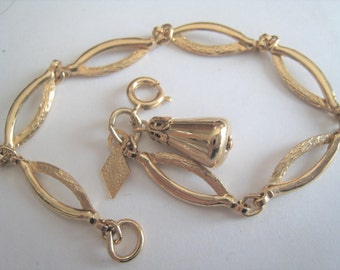 Gold Tone Sarah Coventry bracelet