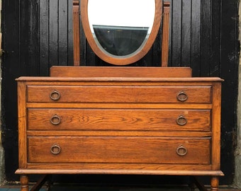 Excellent Solid Oak Dressing Table / Chest of Drawers with Mirror