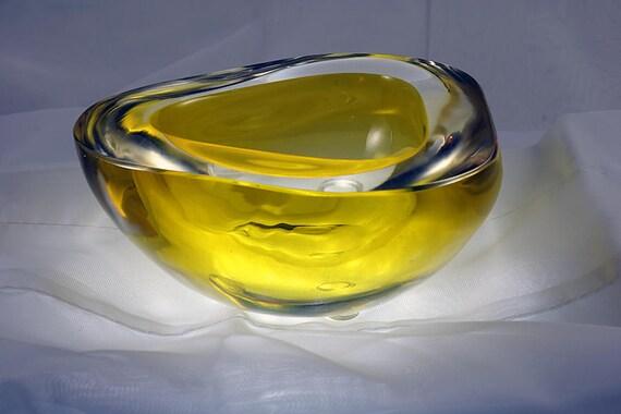 Murano Thick Yellow Italian Art Glass Bowl Mid Century Modern 1970s