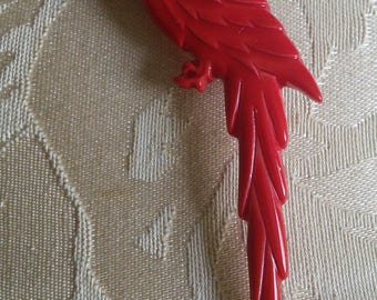 Vintage Red Lucite Parrot Pin, made in Italy, 1970's // red bird pin, vintage 1970's, made in Italy