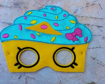 Cupcake felt mask.Embroidered cupcake mask.Birthday party mask.