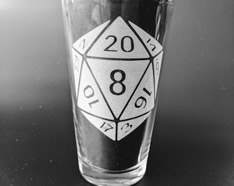 Etched D20 16oz Pub Glass