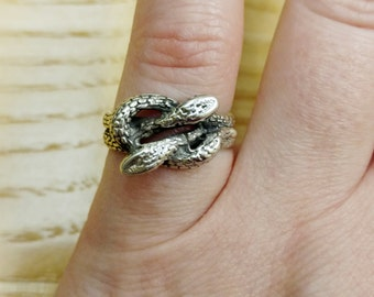 Double Headed Snake Vintage Ring, Antique Sterling Silver, Size 4.75, Pinky Ring, Midi Ring, Double Headed Serpent Ring, Hydra Ring