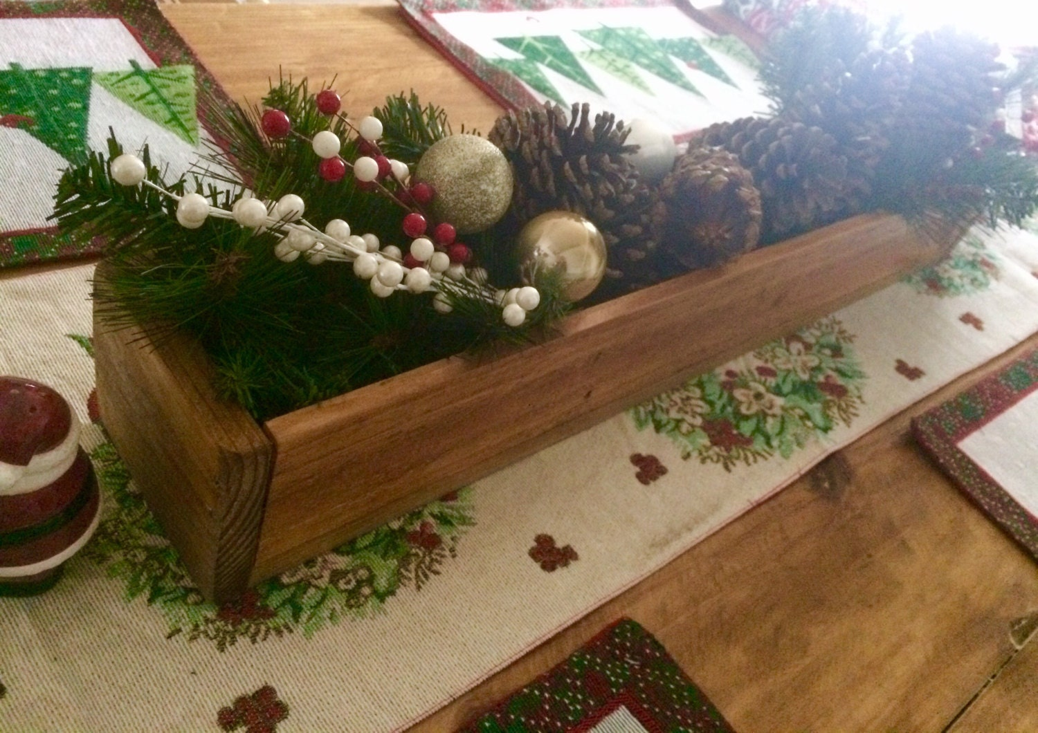 Christmas centerpiece pallet box table wood