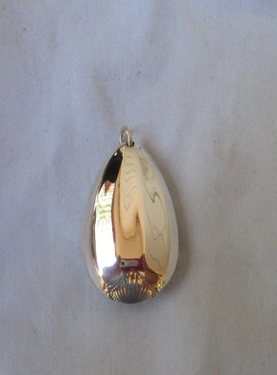 Lovely handcrafted antique sterling silver TOWLE colonial spoon pendant