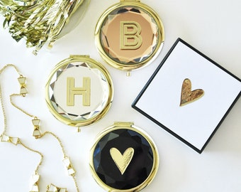 Monogram Compact Mirrors - Bridesmaids Gifts - Bridal Party Gifts - Maid of Honor - Wedding Favors