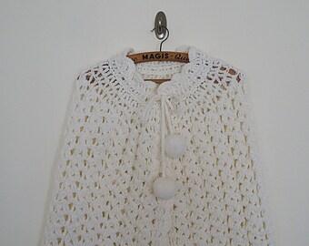Vintage 70s wool crochet cape