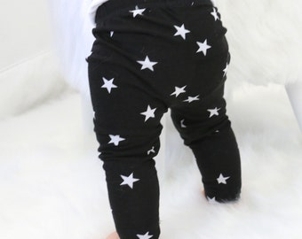 20% OFF SALE - Black and White Star Baby Leggings and Hat | Black, White, Star, Gender Neutral Baby Pants