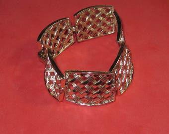 A-40 Vintage Bracelet 6 1/2  in long