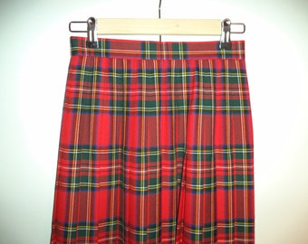 Plaid preppy goth grunge Scottish kilt// 90s holiday long pleated wool high waist skirt traditional// Vintage Lands End// Size small 4 26W