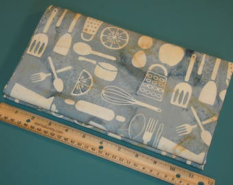 2 Yards Island Batik Kitchenware Celery and Vanilla NEW