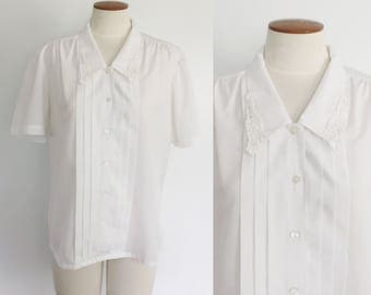 1980s white lace peter pan collar pleated button down blouse / 80s white top / small S medium M