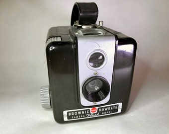 Kodak Brownie Hawkeye Flash Model (Vintage)