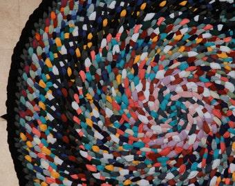 3' Funfetti Spiral Rug