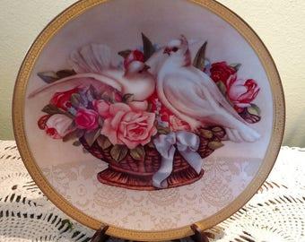 "Gloria Vanderbilt ""Romance in Bloom"" Plate"